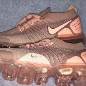 Nike Shoes - New air vapormax flyknit